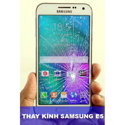 Thay mặt kính Samsung E5 tại Hà Nội