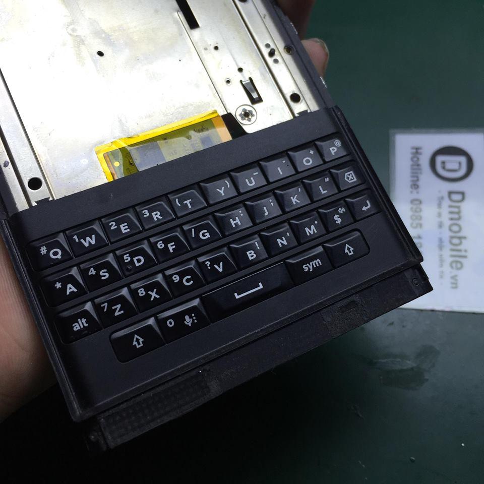 Thay bàn phím blackberry priv